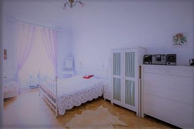 ピンクのカーテンとroom-2 (2).jpg