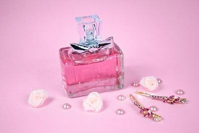 perfumeピンクの香水2.jpg