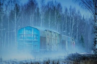 train-2 (2).jpg
